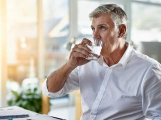 Drinking Water for Higher Sexappeal?