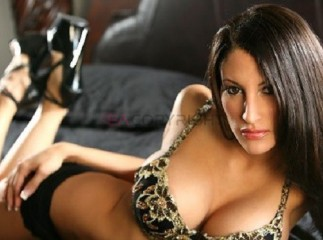 Melissa Hot Spanish Escort on a tour in London!