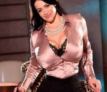 London Escort Busty Klara Adult Entertainer in United Kingdom, Adult Service Provider, Escort and Companion.