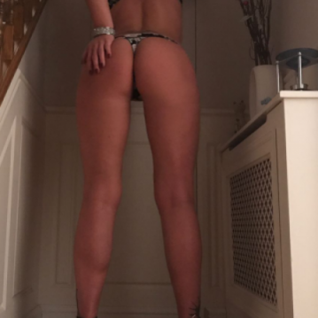 Farnham Escort Angel_Bell Adult Entertainer, Adult Service Provider, Escort and Companion.