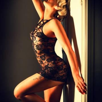 Huddersfield Escort Kristina Adult Entertainer, Adult Service Provider, Escort and Companion.