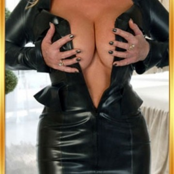 London Escort SarahBlonde Adult Entertainer, Adult Service Provider, Escort and Companion.