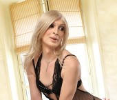 Guildford Escort Beverly  TS Deluxe Adult Entertainer in United Kingdom, Trans Adult Service Provider, British Escort and Companion. photo 2