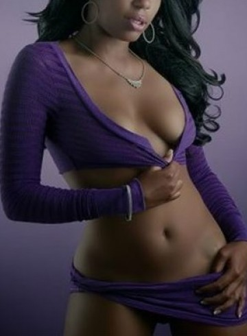 Manchester Escort Honor Adult Entertainer in United Kingdom, Female Adult Service Provider, Escort and Companion.