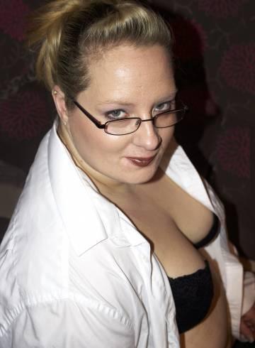 Derby Escort DerbyEscort Adult Entertainer in United Kingdom, Female Adult Service Provider, Escort and Companion.