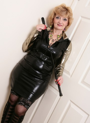 Hereford Escort Frenchie4u Adult Entertainer in United Kingdom, Female Adult Service Provider, French Escort and Companion.