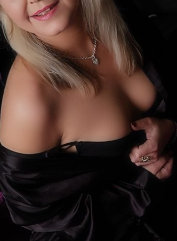 Hereford Escort LouisaLauper Adult Entertainer in United Kingdom, Female Adult Service Provider, Escort and Companion.