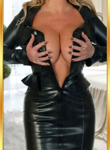 London Escort SarahBlonde Adult Entertainer in United Kingdom, Female Adult Service Provider, Escort and Companion.